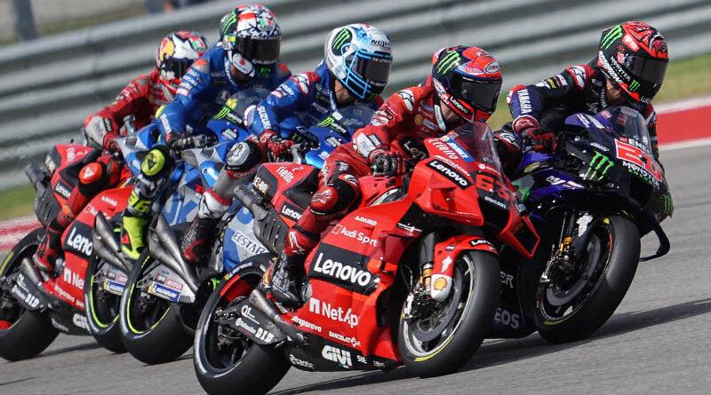 MotoGP 2021 COTA Pecco Bagnaia Fabio Quartararo